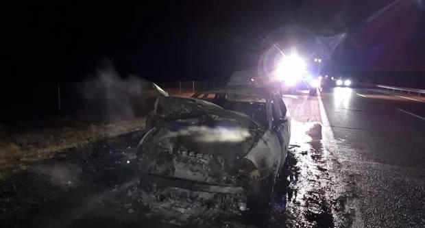 Na autocesti A3 zapalio se automobil
