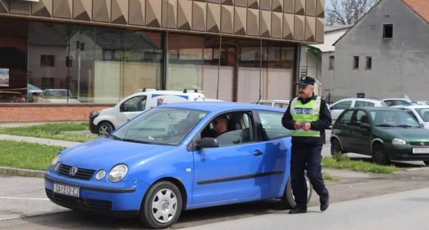 Upravljali pod utjecajem alkohola i dok im je vozačka dozvola oduzeta