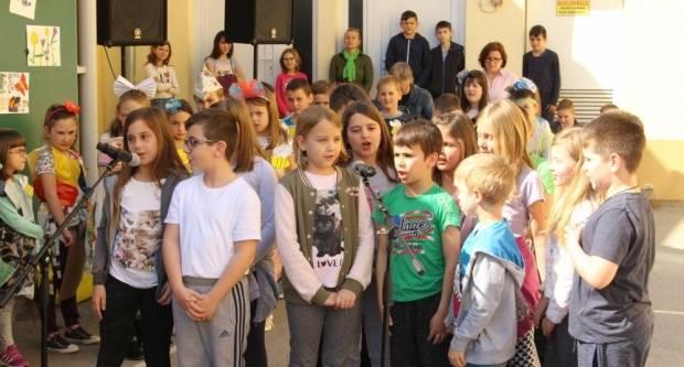 Učenici Kanižlićeve škole prigodno obilježili Dan planeta Zemlje