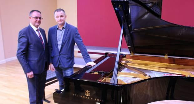 16. siječnja u Glazbenoj školi Požega održat će se inauguracija novog klavira uz koncert pijaniste Aljoše Jurinića