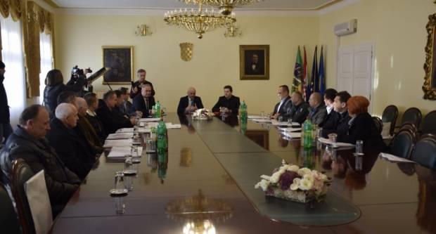 Gradonačelnik Darko Puljašić primio pripadnike braniteljskih udruga povodom Dana međunarodnog priznanja RH