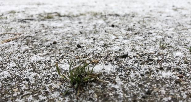 NIŠTA OD ZIMSKE IDILE: Snijeg tek površinski zabijelio Hrvatsku, ali iz HAK-a imaju važno upozorenje