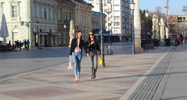 Subotnja, sunčana šetnja Slavonskim Brodom 8.2.2020.