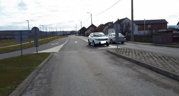 Dost' dobro parkiranje u Pleternici