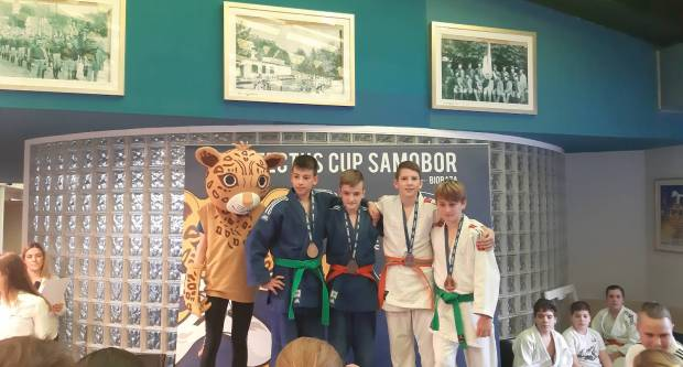Judaši judo kluba ʺSlavonacʺ sudjelovali na turniru Profectus Cup