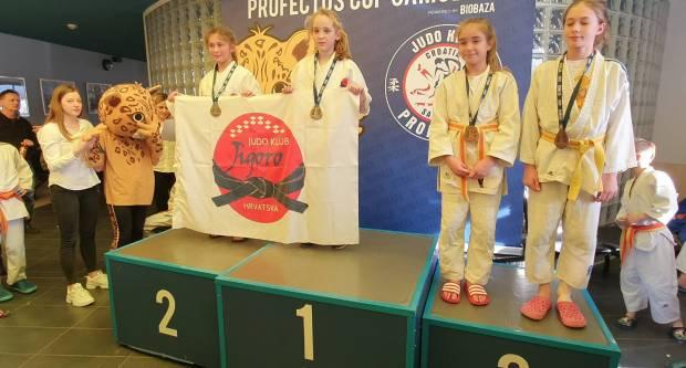 Kutjevački judaši na međunarodnom turniru osvojili visoko 5. ekipno mjesto