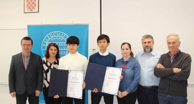 Veleučilište u Požegi dodijelilo certifikate japanskim studentima Kazukiu Hashimoti i Tomoyi Sadamoti