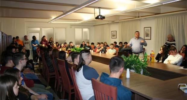 Predavanje o ovisnosti o drogama u Đačkom domu u Požegi