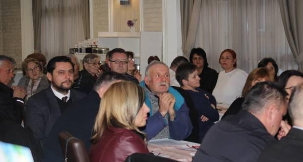 SDP-OV SAVJET ZA POLJOPRIVREDU: ʺTamo gdje nema HDZ-a tamo je životʺ poručuje Pezo