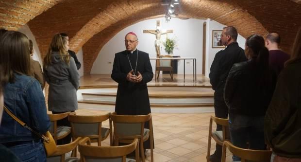 Susret učenika i studenata primatelja stipendija Požeške biskupije