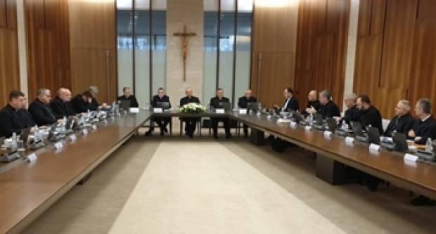 Odredbe Hrvatske biskupske konferencije s obzirom na opasnost koronavirusa