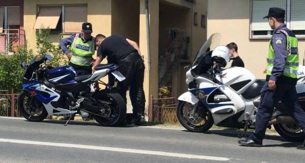 U Brestovcu prometna nesreća između automobila i motocikla, jedna osoba ozlijeđena