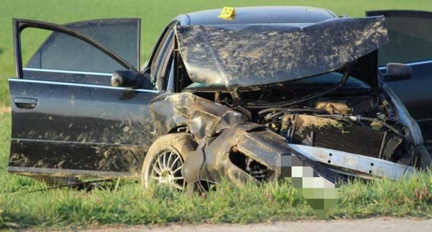 CRNO JUTRO: U prometnoj nesreći kod Knežaca smrtno stradao 23-godišnjak