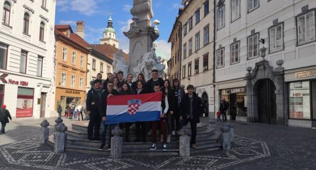 Učenici i nastavnici Poljoprivredno-prehrambene škole Požega boravili u Sloveniji