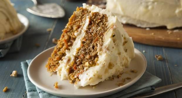Baš je fina! Recept za najsočniju uskrsnu tortu od mrkve
