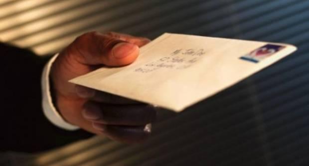 45-godišnjak s područja Kaptola zaprimio pošiljku vezanu za prometnu nesreću u Republici Njemačkoj, a u kojoj on nije sudjelovao