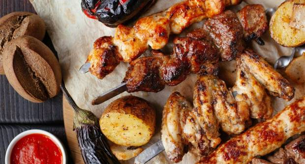 Obrnuta marinada: Trik profića za savršeno meso s roštilja