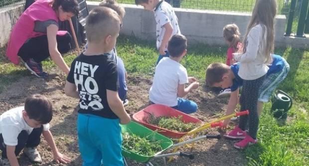 """Projektom """"Zdravlje iz našeg vrta"""" dječji vrtić Jakšić osvojio financiranje na natječaju """"Radost života"""" Uniqa osiguranja"""