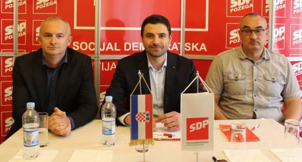 Predsjednik SDP-a Bernardić: Ljudi koji su Slavoniji ukrali zadnjih 30 godina više ne zaslužuju dobiti priliku