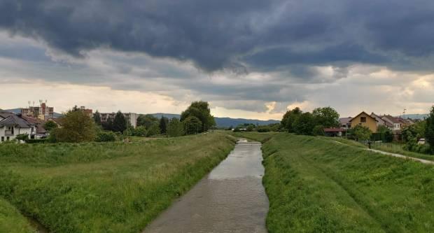 Danas promjenjivo vrijeme s mjestimičnom kišom