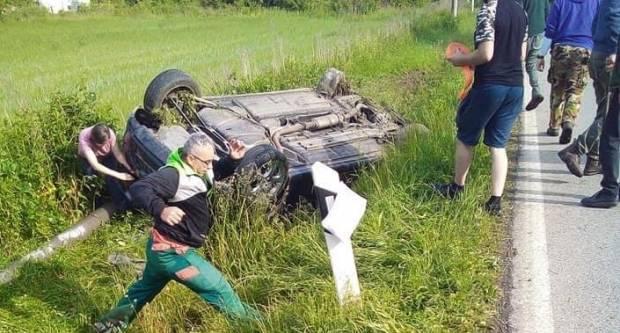 Jutros u Pasikovcima srušio betonski stup, u 24 sata zabilježene tri prometne nesreće