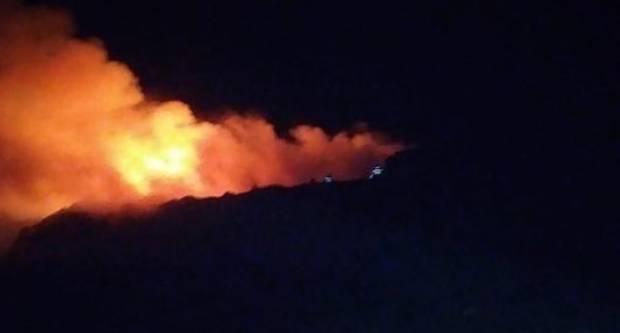 Nakon pet sati gašenja požar je sinoć lokaliziran