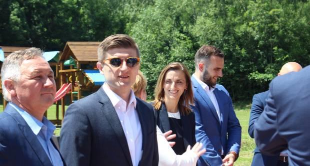Ministar Marić je zbog korona-krize sinoć najavio rezove, navodno su samo mirovine sigurne