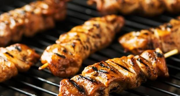 5 grešaka zbog kojih nam meso s roštilja ispada loše