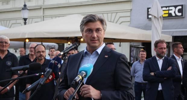 PLENKOVIĆ IZ SLAVONSKOG BRODA: ʺ15 tisuća sugrađana u Brodsko-posavskoj županiji dobilo je plaće zahvaljujući hrvatskoj Vladiʺ