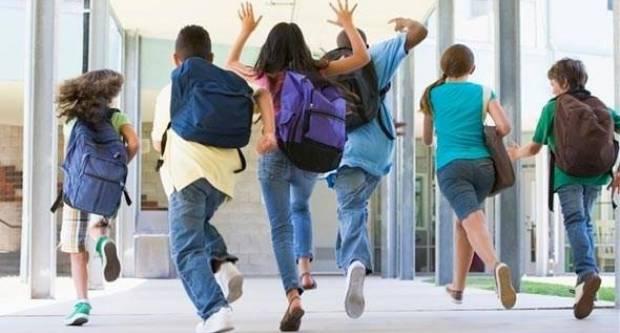 NAPOKON KRAJ I OVE ČUDNE ŠKOLSKE GODINE: Danas je zadnji dan škole!