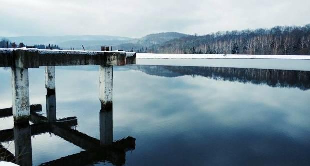 Zimski dan na Zvečevačkom jezeru