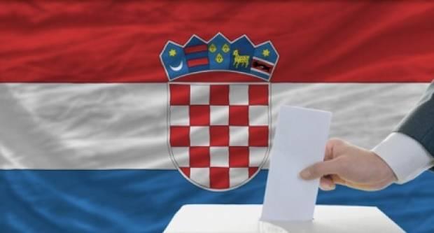 Birališta u Hrvatskoj su otvorena, glasa se pod posebnim mjerama