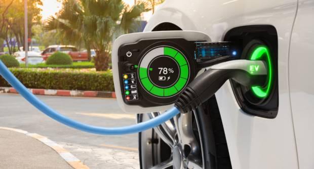 Država časti sa 70.000 kn za električni automobil: Evo tko ima pravo na subvenciju