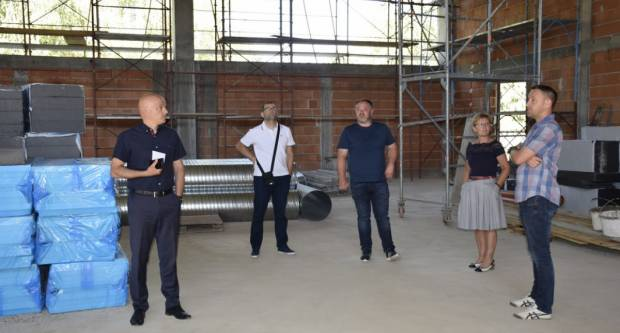 Završetak izgradnje dvorane OŠ Dobriša Cesarić očekuje se do početka školske godine
