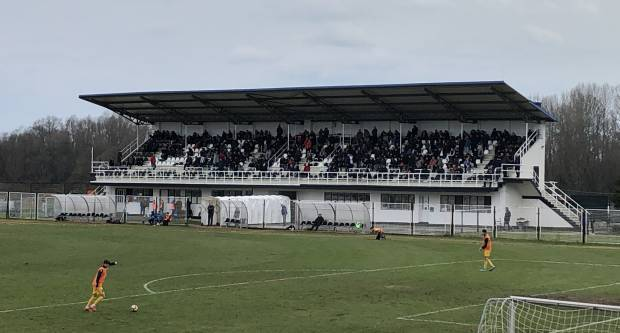 Prema pisanjima medija bivši hrvatski nogometni reprezentativac s tribina u Slavonskom Brodu pratit će susret između Marsonie i Junaka