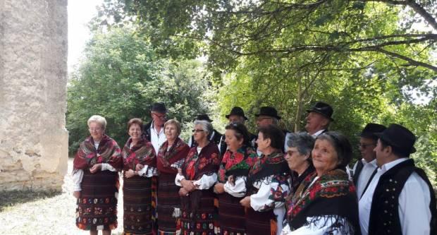 Pravoslavni vjernici proslavili Petrovdan u Donjim Grahovljanima
