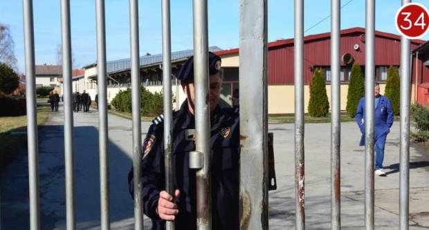 Osoba privedena u Istražni zatvor u Požegi pozitivna na COVID 19, desetak pravosudnih policajaca u samoizolaciji