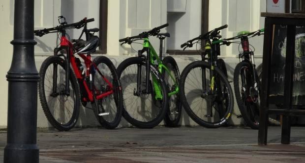 U dvorištu policije prodavati će se razni bicikli i drugi predmeti
