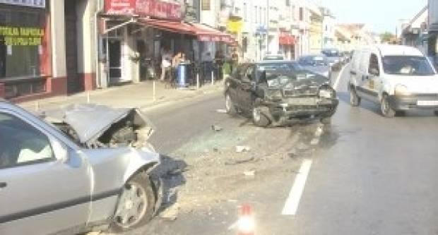 Tri prometne nesreće u Genscherovoj ulici u Vinkovcima