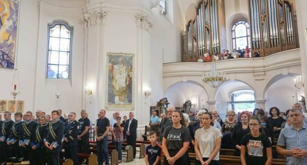 Misa zahvalnica u požeškoj Katedrali povodom Dana pobjede i domovinske zahvlanosti i Dana branitelja