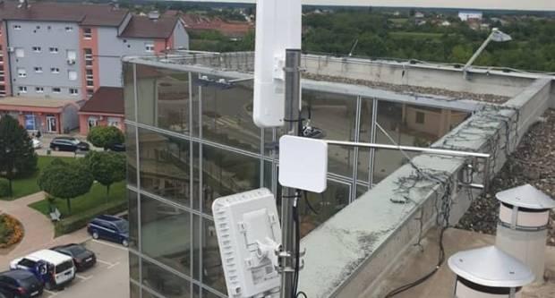Besplatan internet na javnim mjestima za Otočane i Komletinčane