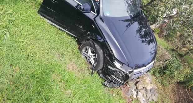 Kod Rešetara dogodila se prometna nesreća u kojoj su dvije osobe ozlijeđene
