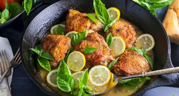 Recept za najsočniju pečenu piletinu - brzi ručak za cijelu obitelj