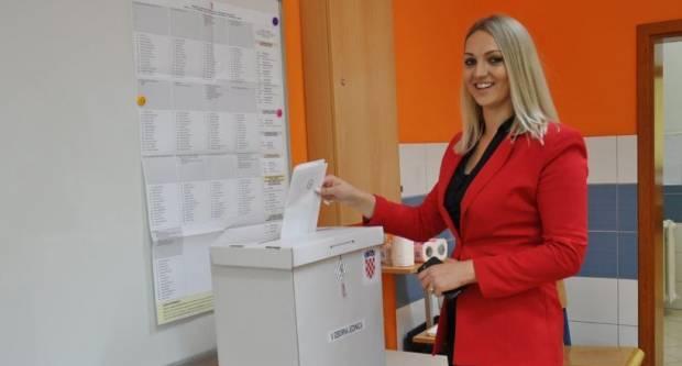 OBJAVLJENA IMOVINSKA KARTICA: Pogledajte što posjeduje najmlađa saborska zastupnica