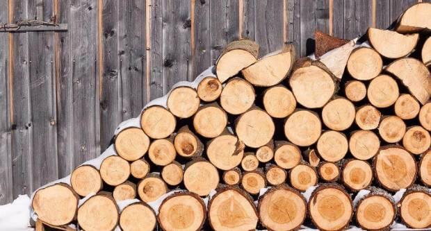 Javni poziv korisnicima pomoći za troškove ogrjeva u Vinkovcima