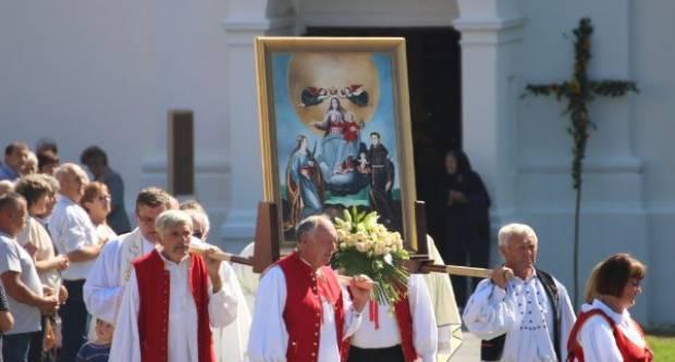 Centralnim misnim slavljem obilježen blagdan Male Gospe u Kutjevu