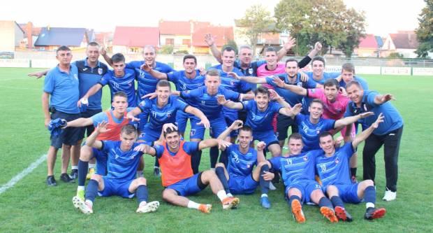Plavi s Orljave na domaćem terenu prošetali kroz ekipu NK Sloga Nova Gradiška (7:1)