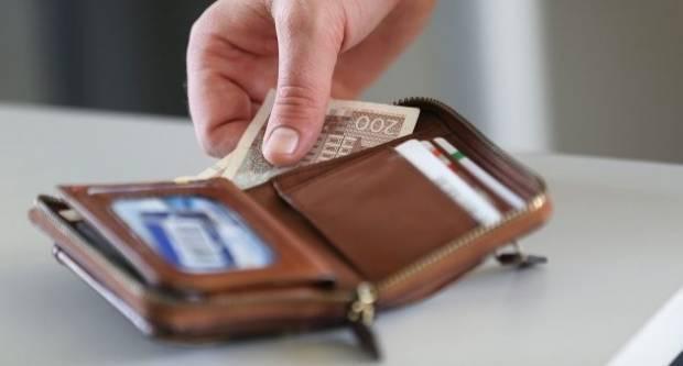 Hrvatica kada se vraćala s pauze pronašla novčanik s 4.200 kuna i 2.600 eura, vratila ga je vlasniku