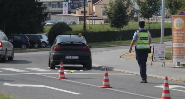 U Požegi nalet automobila na pješakinju koju je odvezla Hitna pomoć