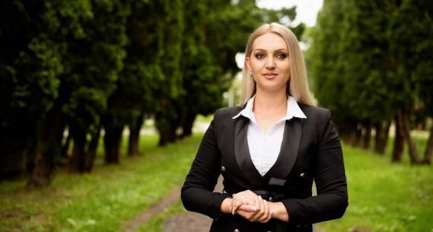 Na svome FB profilu o aktualnoj situaciji oglasila se i saborska zastupnica Marina Opačak Bilić